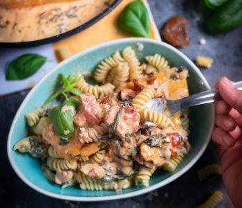 Pâtes à la sauce Toscane crémeuse aux deux saumons