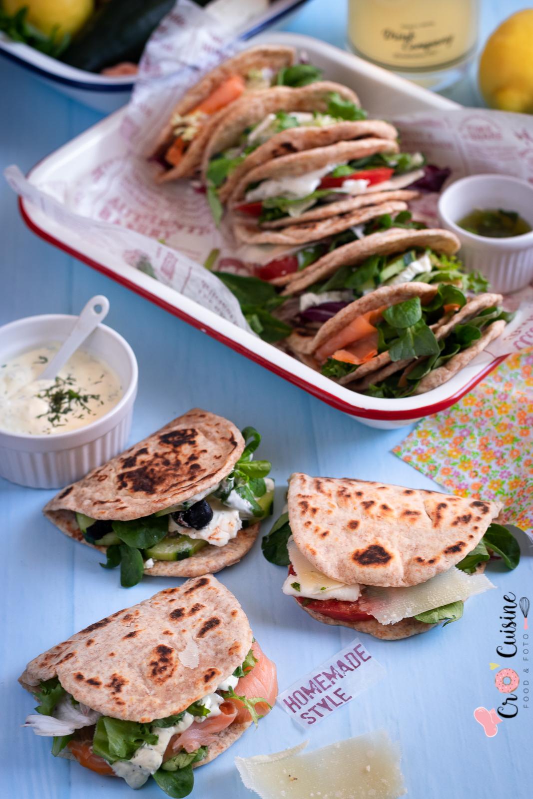 flatbread sandwichs garni aux différentes saveurs pour vous évader vers 3 destinations différentes