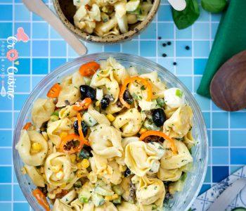 Une rafraîchissante salade de tortellinis pour un été réussi