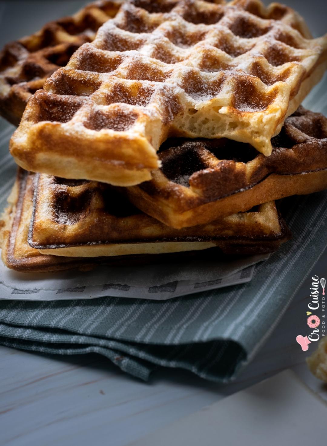 De délicieuses gaufres à la vanille pour sublimer le goûter des enfants. La sauce au chocolat express pour plus de gourmandise à table.