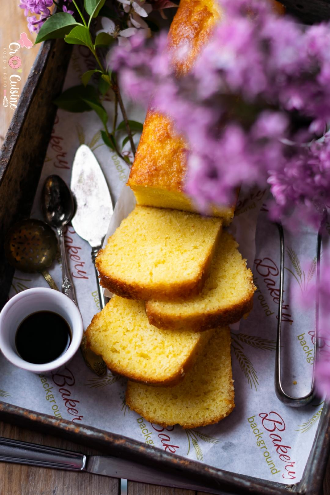 Un délicieux cake citron à l'huile d'olive frais et humide à souhait